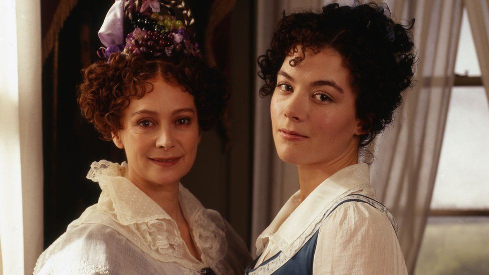 Francesca Annis as Claire Gibson and Justine Waddell as Molly Gibson